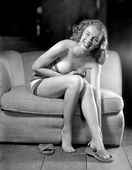 Marilyn Manroe - 23